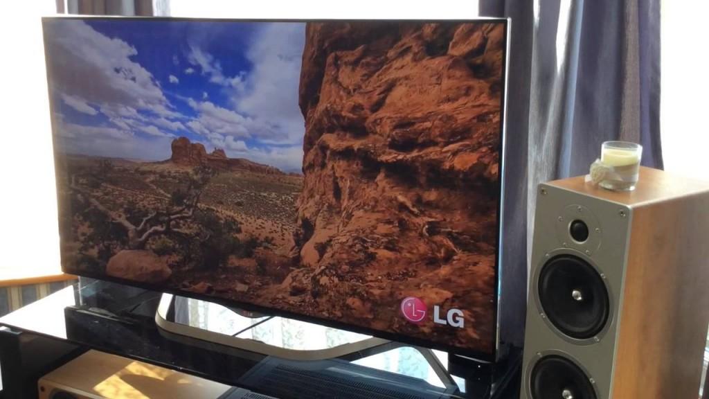 Дизайн телевизора очень современный